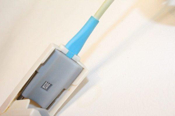 Invivo SpO2 Sensor Finger Clip U410-14 inside